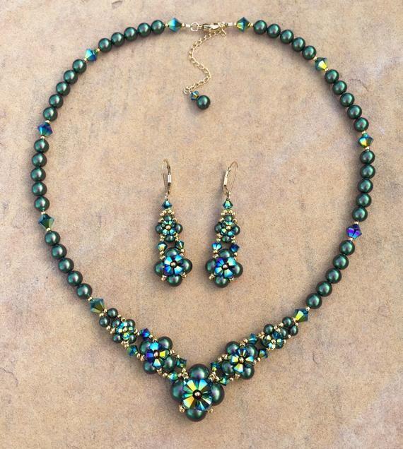 Hedendaags Groene en gouden ketting en oorbellen SET Swarovski Crystal parel LC-12
