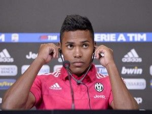 """Juve, ecco Alex Sandro: """"M'ispiro a Roberto Carlos, pronto per la Roma"""""""