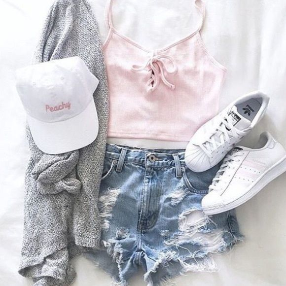 Brandy Melville Katherine Peachy Hat White colored six-panel baseball cap with Peachy embroidery in pink. Adjustable in the back, exposed stitching on the brim   NWT Brandy Melville Accessories Hats