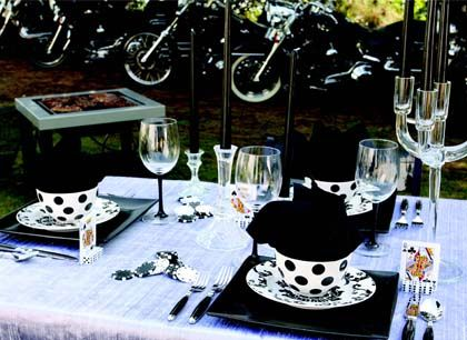97 best Tablescapes images on Pinterest | Dinner table decorations ...