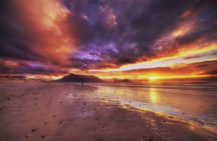Sunsets are the opening music of the night! Image by @elmervanzyl. Discover more of Cape Town's beauty on instagram.com/capetownmag.