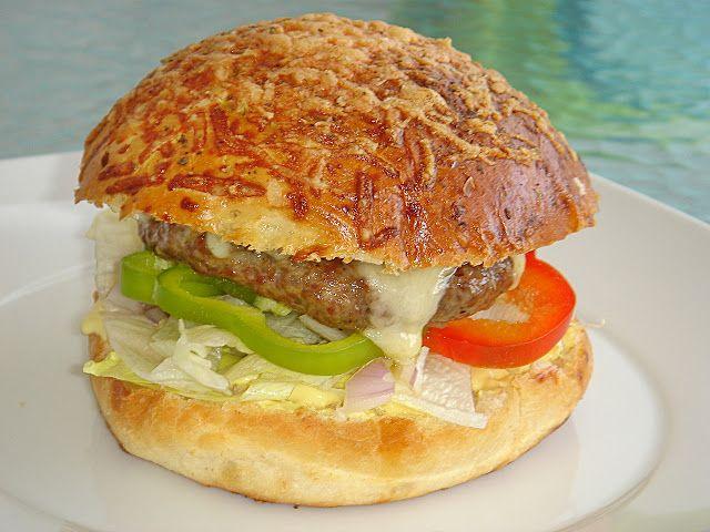 Nem vagyok mesterszakács: 10 + 2 legjobb házi hamburger és szendvics – hamburgerzsömle, és szendvicskenyér receptekkel