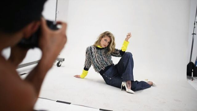 Watch the full behind the scene of our October photoshoot with @melissabenoist on our YouTube channel: Marie Claire ID. Don't forget to subscribe! Creative Producer @ben_bass Co-Producer Ariadna Martinez Production F. Stars International  New Earth Productions Senior Producer Ricardo Montoya Videographer Serena Taylor Stylist Erica Cloud @ecduzit Makeup @storyofmailife  Starworks Group Hair @cwoodhair Starworks Group Location Hubble Studio Los Angeles. . . . #melissabenoist #supergirl #BTS…