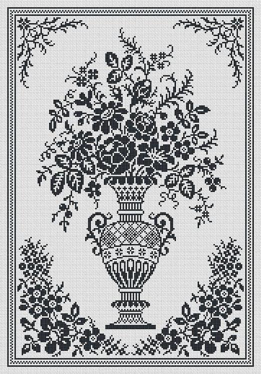Monochrome Vintage Floral Vase Counted Cross door MyTreasureIsland
