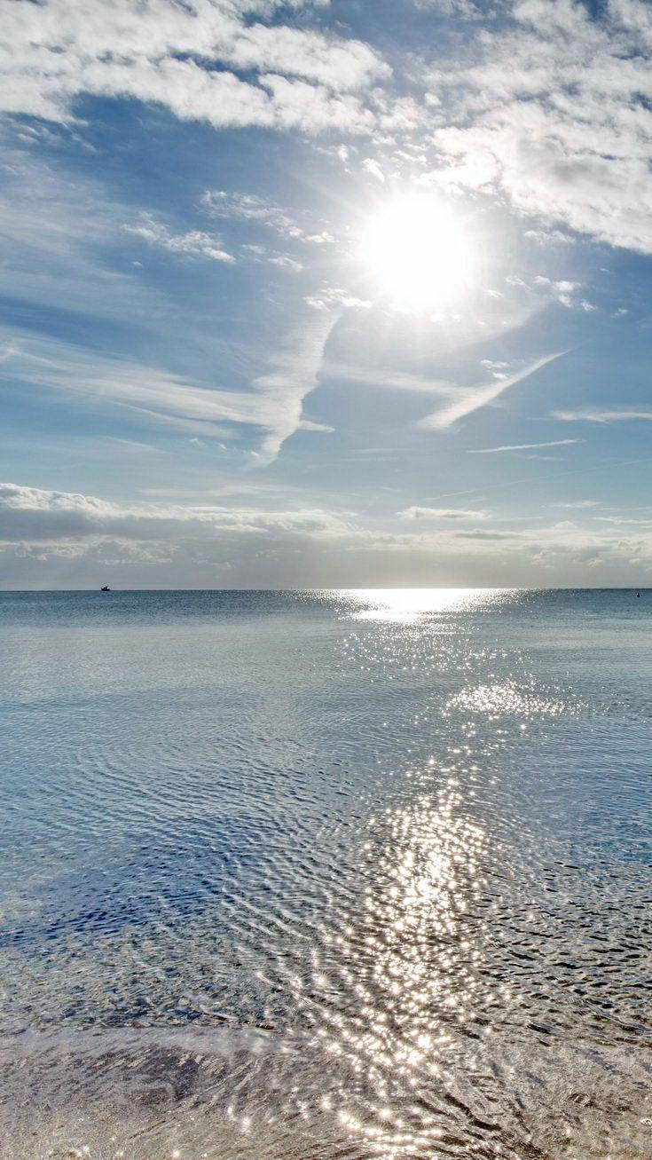 Sonnenaufgang Ostsee. Da würde ich am Liebsten direkt ins Wasser laufen. – Jasmin
