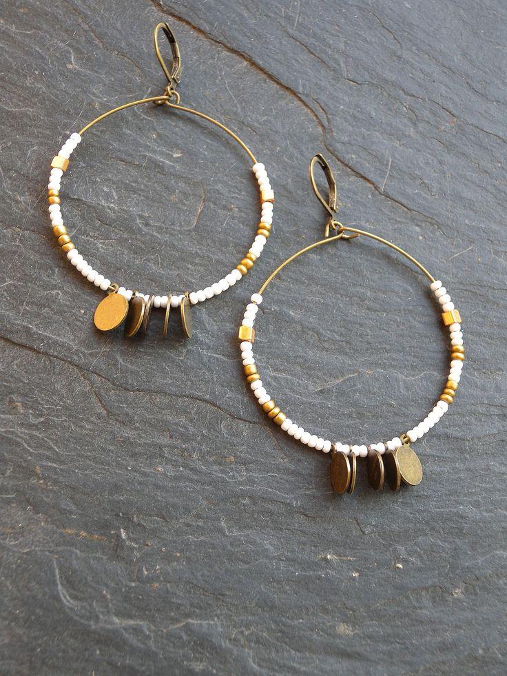 créoles rocaille et mini médailles par les délires de lolotte bijoux fantaisies créateur made in france