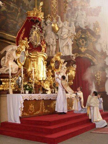 Derradeiro Combate: A Santa Missa