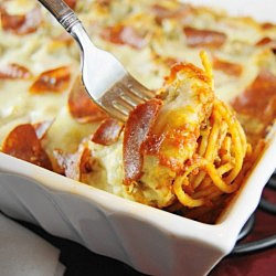 Pizza Spaghetti Bake. OMG!  Who thought of putting my two favorite foods in one dish.