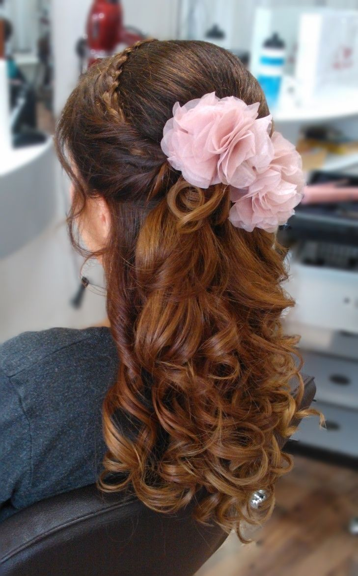 Bridal half updo with braid and flower hair-accesories by Emmi/Parturi-kampaamo Salon Maria Seinäjoki
