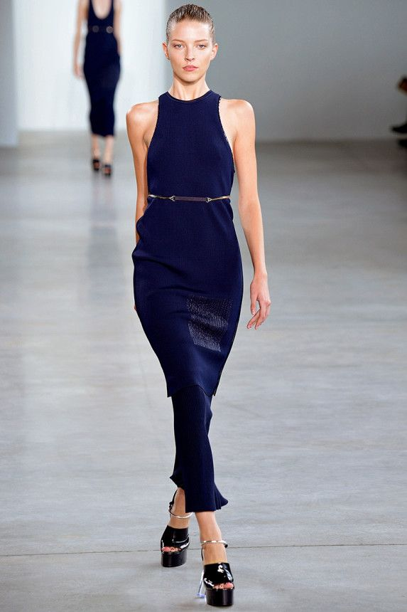 See the Calvin Klein Collection Spring 2015 collection on Vogue.com. (=)