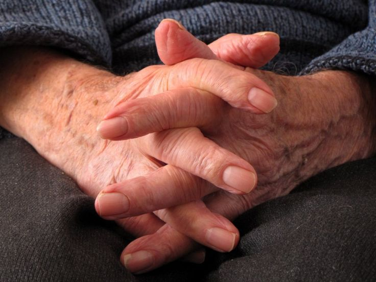 Oude handen | Zeeland op foto