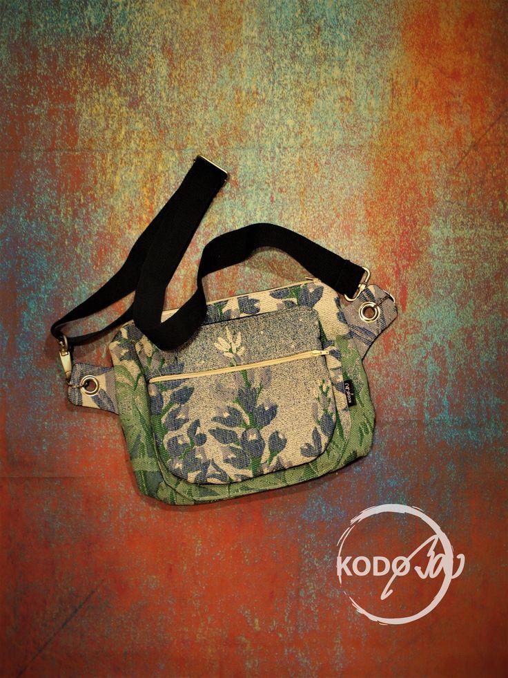 Natibaby Bluebonnets wrap scrap hip bag made by KodoBa #Natibaby #KodoBa #Bluebonnets #hipbag #bluecalla