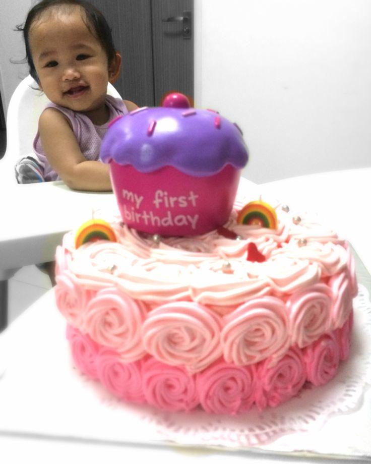 Her 1st Birthday Rose Swirl Cake- Nuraini Ithnin