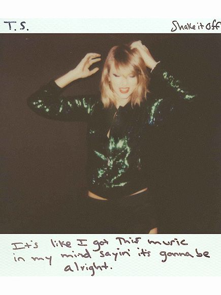 Taylor Swift's Hand-Knit Sweater of a Polaroid Selfie Is 'Everything'| 1989