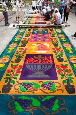 """Alfombra de aserrin en Antigua Guatemala. Saw dust """"carpet"""" in Antigua Guatemala."""