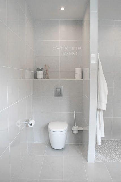 Christine Sveen: Bad til inspirasjon - Veldig fint med vegg mellom resten av badet og toalettet, slik at toalettet blir litt privat...