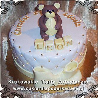 034. Tort z misiem dla Leona na chrzciny. Cake with teddy bear and big white bow for Leon's baptism.