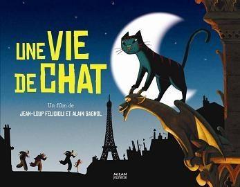 Très beau long métrage d'animation franco-belge réalisé par Alain Gagnol et Jean-Loup Felicioli. Dino est un chat qui partage sa vie entre deux maisons. Le jour, il vit avec Zoé, la fillette d'une commissaire de police. La nuit, il escalade les toits de Paris en compagnie de Nico, un cambrioleur d'une grande habileté… Une histoire tendre et haletante qui vous emmenra, entre rire et peur, dans les rues et sur les toits de Paris.