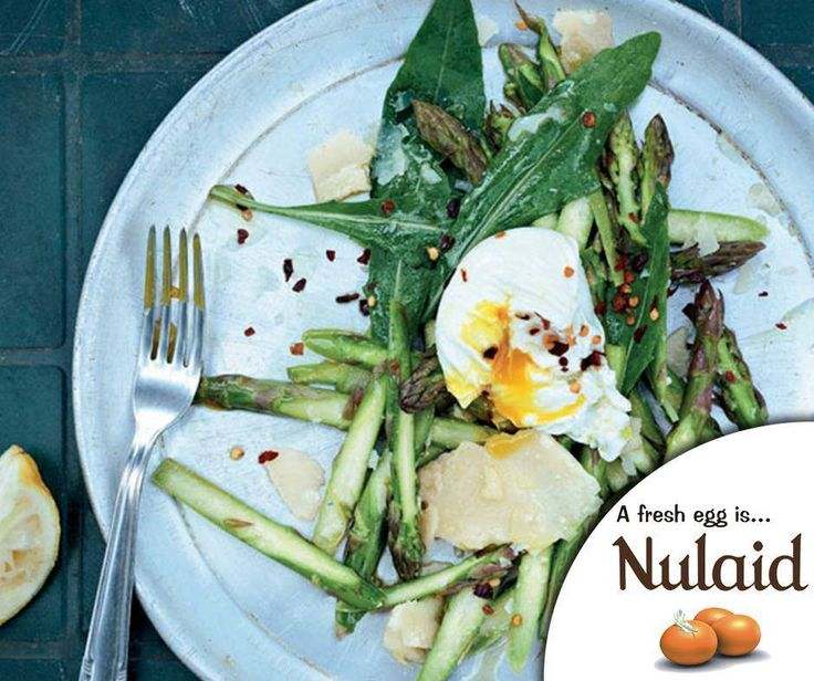Are you in the mood for a delicious meat free dish? Then try this Asparagus & poached egg salad. For the full recipe, click here: http://ablog.link/4ja. Source: meatfree week. #Nulaid #MeatfreeMonday