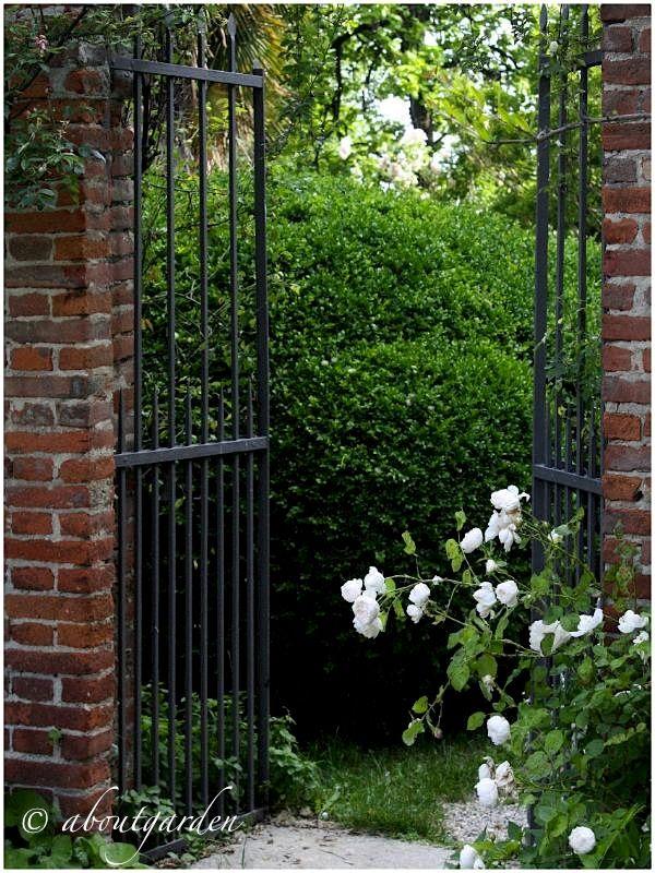 Oltre 25 fantastiche idee su ingresso al giardino su pinterest - Ingresso giardino ...