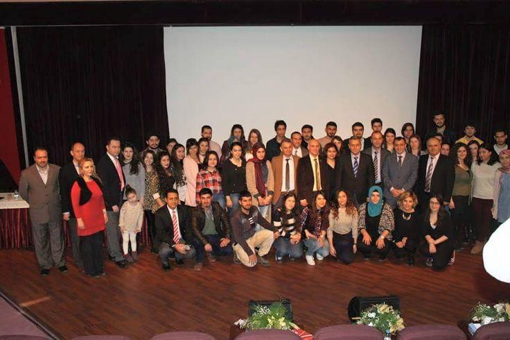 Türkiye'nin #bilişim sektörüne özel #kariyer sitesi www.kariyername.com ailesi olarak önce Manisa Celal Bayar Üniversitesi'nde sonra #TRT İzmir radyosunda ki bilişim, e-ticaret, sosyal medya, kariyer ve girişimcilik etkinliğine katıldık...https://www.facebook.com/kariyername