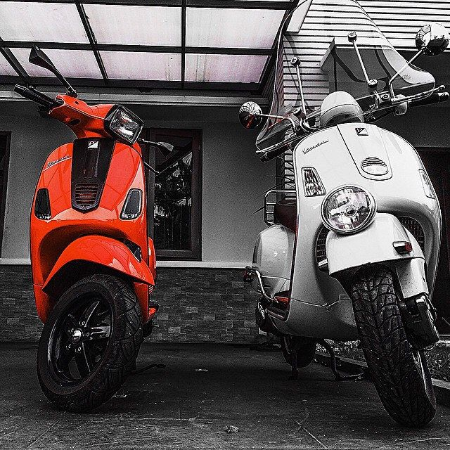 """""""There are two colors in my head"""" #modern #vespa #vespas #vespagtv #scooter #vscocam"""