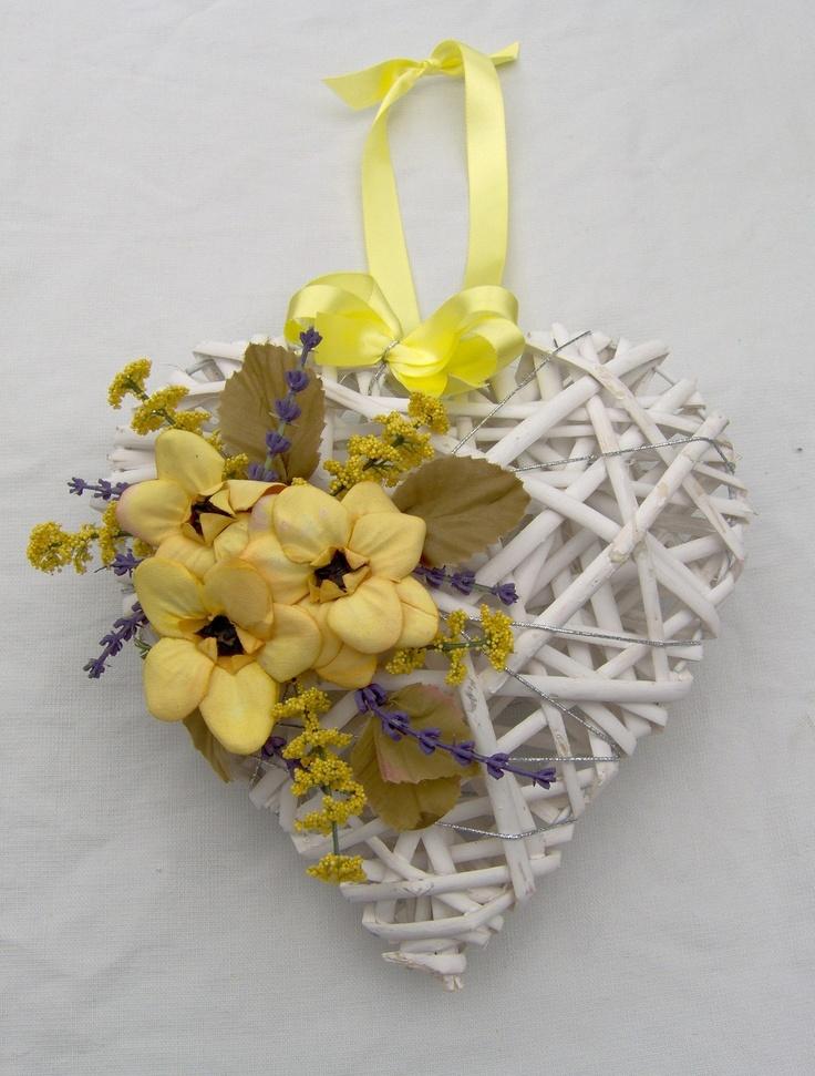 SHABBY CHIC PRETTY WHITE WICKER HEART IN LEMON & LAVENDER -UNIQUE & UNUSUAL! | eBay