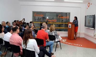 """""""Peleando con las TIC"""": La Consejería de Educación de Canarias inaugura un..."""
