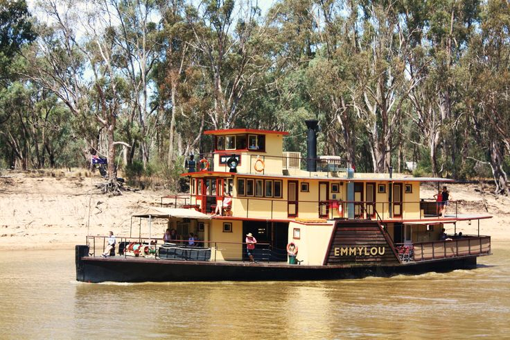 'Emmy Lou' paddle steamer on the Murray River, Victoria. Australia.
