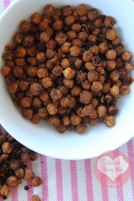 Snack di Ceci speziati - Spicy Chickpeas | Loveateverybite