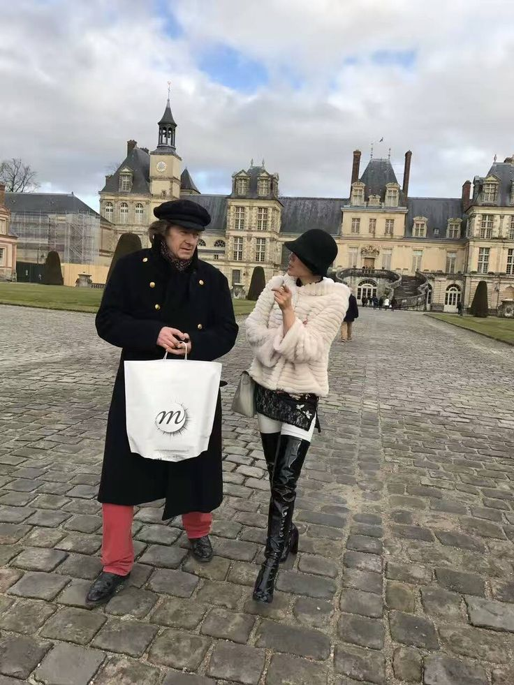 YANG GALLERY Managing Director Ms. Susanna Yang with established artist Anton Molnar in Paris, 2017.