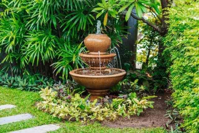 35 Amazing Outdoor Garden Water Fountains Ideas Garden Fountains Backyard Water Feature Garden Water Fountains