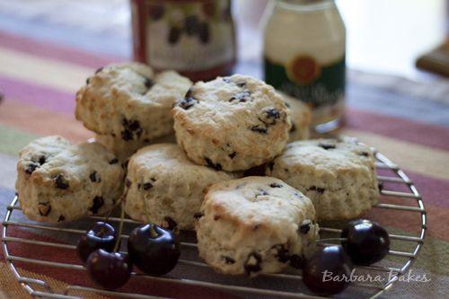 Dreamy Cream Orange Cherry Scones-----I just love scones !
