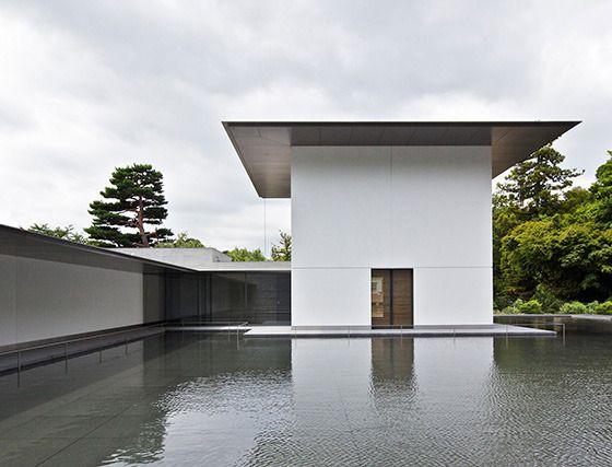 鈴木大拙館 思索空間と水鏡の庭