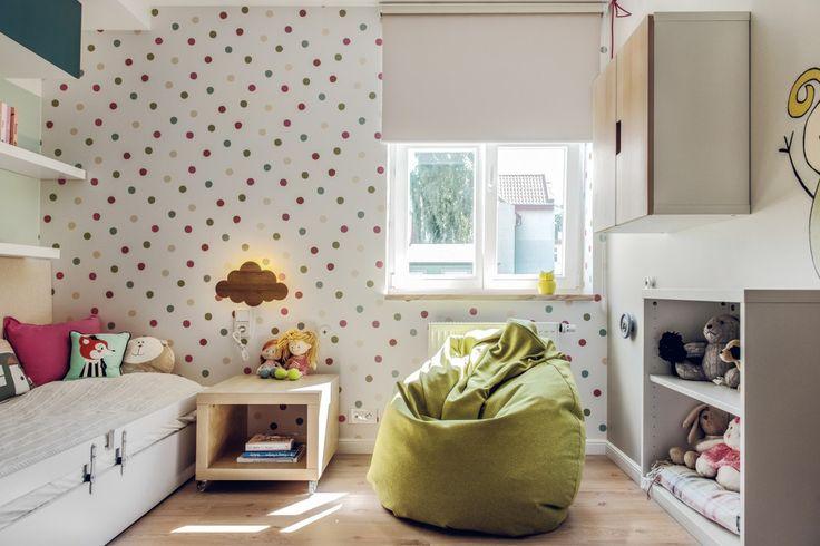 Uniwersalne meble i dekoracje do pokoju dziecięcego
