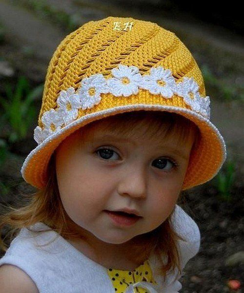 Yellow flowered hat for girls and free charts!