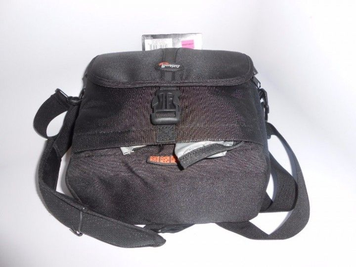 Lowepro Camera Bag Rezo 170 AW