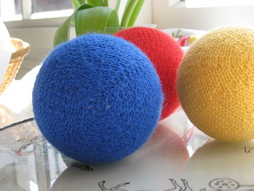 Knitting Patterns For Toy Balls : 67 best images about Sphere on Pinterest Swing chairs, Crystal ball and The...