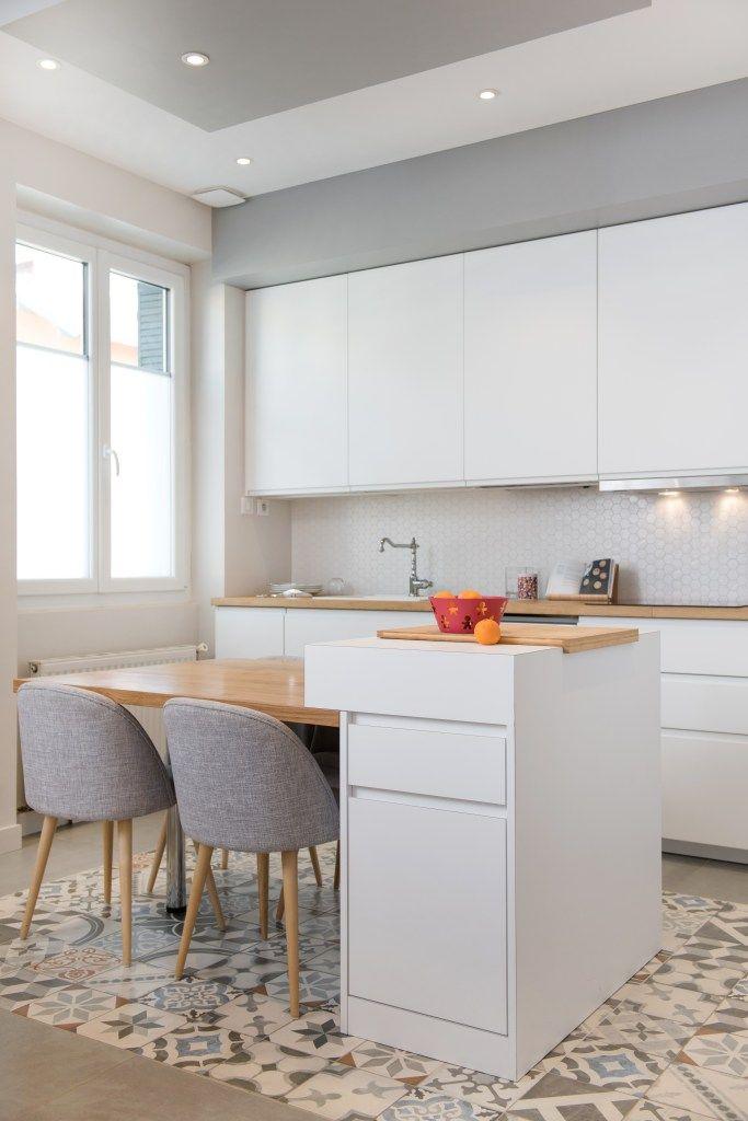 Le Charme D Une Verriere En 2020 Cuisine Appartement Salle A Manger Classique Cuisines Maison