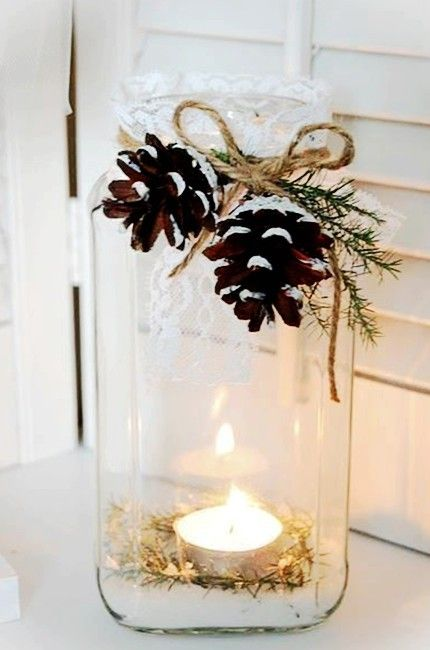 DIY Christmas table decorations with candle and candleholder #Christmas #Candles  #Candleholders www.loveitsomuch.com