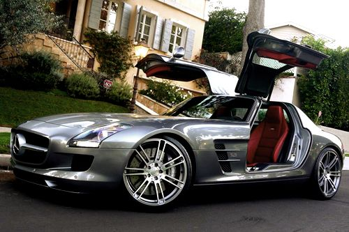 Mercedes SLS AMG, Fast Ride..Nice Door too