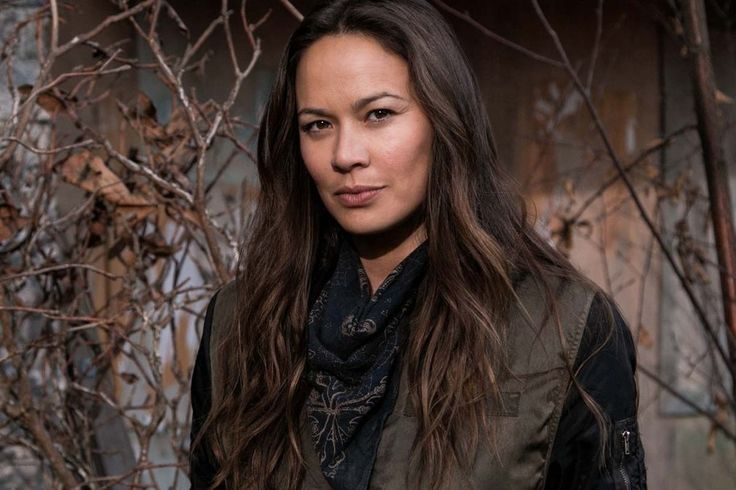Falling Skies': Moon Bloodgood on how becoming a parent 'totally ...