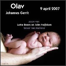 Fotogeboortekaartje van baby Olav - fotografie: www.Artstudio23.com ook voor zwangere buik sessies. Baby aan huis/in ziekenhuis fotograferen: geen probleem en zonder meerprijs!