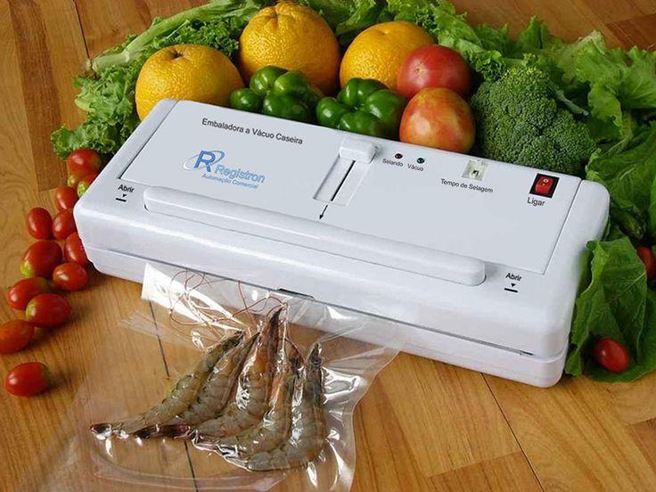 Descrição: Mantenha seus alimentos mais fresquinhos e saborosos por mais tempo. Essa maquina é utilizado principalmente para uso doméstico para manter os alimentos conservados,  fresco e seco longe de bolor, oxidação, bactérias, poluição por um período de tempo prolongado.  Contato: (11) 2681-3388 Site: http://www.registron.com.br/ Produtos: http://www.registron.com.br/seladora-a-vacuo/