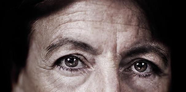 """Si chiama """"Le donne del digiuno contro la mafia"""" la mostra fotografica dedicata a quelle siciliane coraggiose che, nell'estate del 1992, dopo le stragi di Capaci e via D'Amelio in cui persero la vita Giovanni Falcone e Paolo Borsellino, dettero vita alla forma di protesta. #Ledonnedeldigiuno #Uffizi #Firenze #Mostrafotografica #Fotografia #Ritratti"""