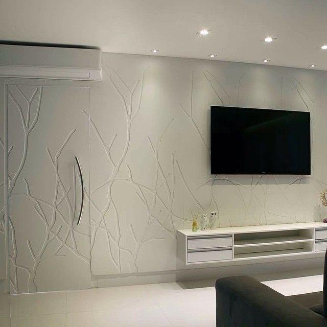 Painel e Porta Rama ! #allgramsa#allgram#revestimento#reforma#porcelanato#metais#banhos#projetos#decor#decoracao#decorador#design#designdeinteriores#interiordesign#arquitetos#arquitetura#arquiteto#arquiteta#instahome#instadecor#mosaico#papeldeparede#marmores#casa#luxo#reforma#mentha