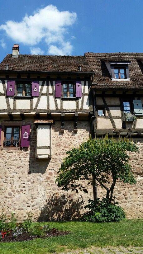 #alsazia #france #architecture #art #holiday #vacanze #shabbychic #colors #vineyards #alemeacci @alemeacci
