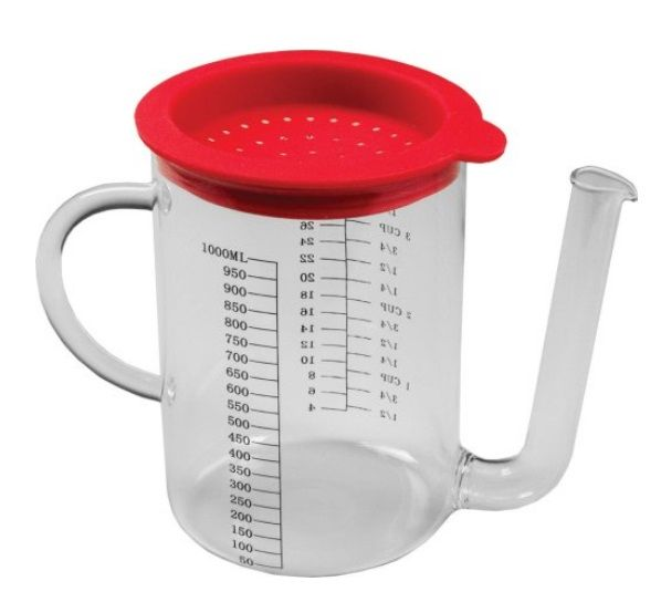 Gravy / fat separator | Features imperial + metric measurements. Made from borosilicate glass with stainless steel strainer. 4 cup capacity. Dishwasher safe. Recommended by Christing Cushing on Marilyn Denis Show | at KitchenNiche.ca