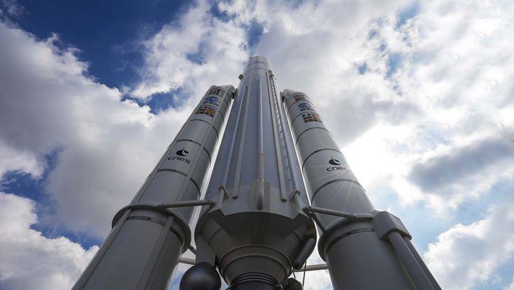 Assistez en direct à la mise en orbite de deux satellites par une fusée Ariane 5