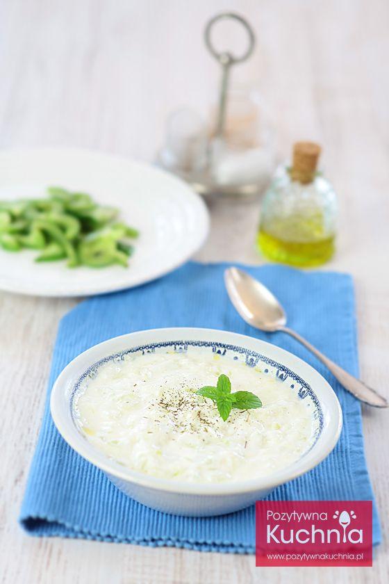 #przepis na #tzatziki - grecki dodatek do mięs z grilla lub po prostu do maczania warzyw i pieczywa  http://pozytywnakuchnia.pl/tzatziki/  #kuchnia #ogorki